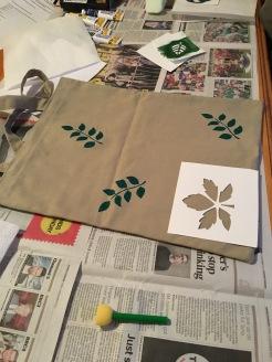 Handprinting leaves